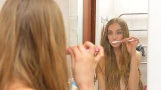 【ハミガキ】正しい歯磨きの仕方【使うなら無添加歯磨き粉】